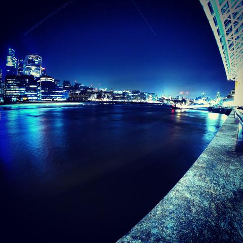 London Bridge -  London at Standstill, Bright Lights Big City
