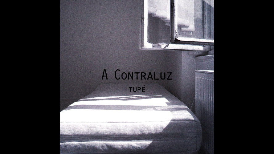 A Contraluz - Tupé