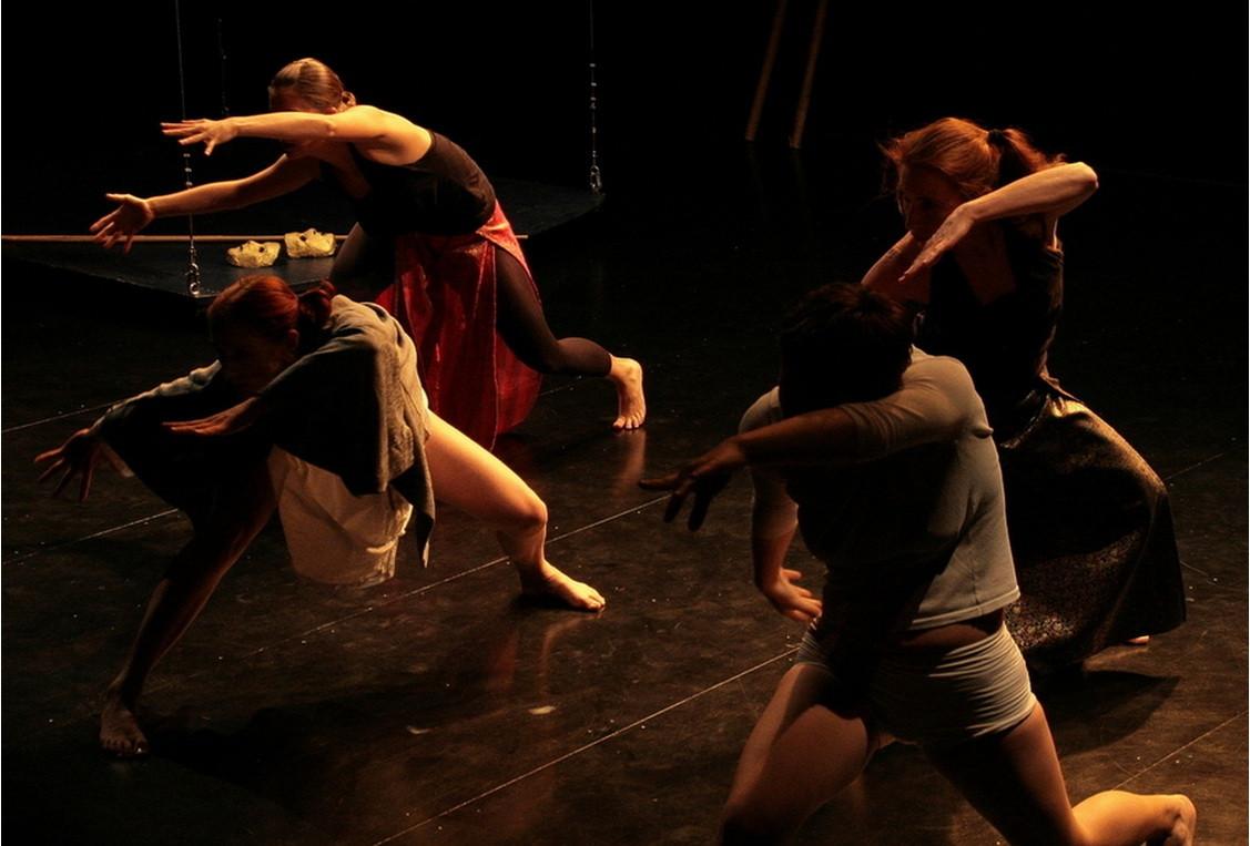 Dance Macabre, 2002