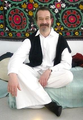Rashid1-2.jpg