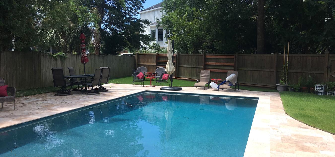 artificial grass pool 2.jpg