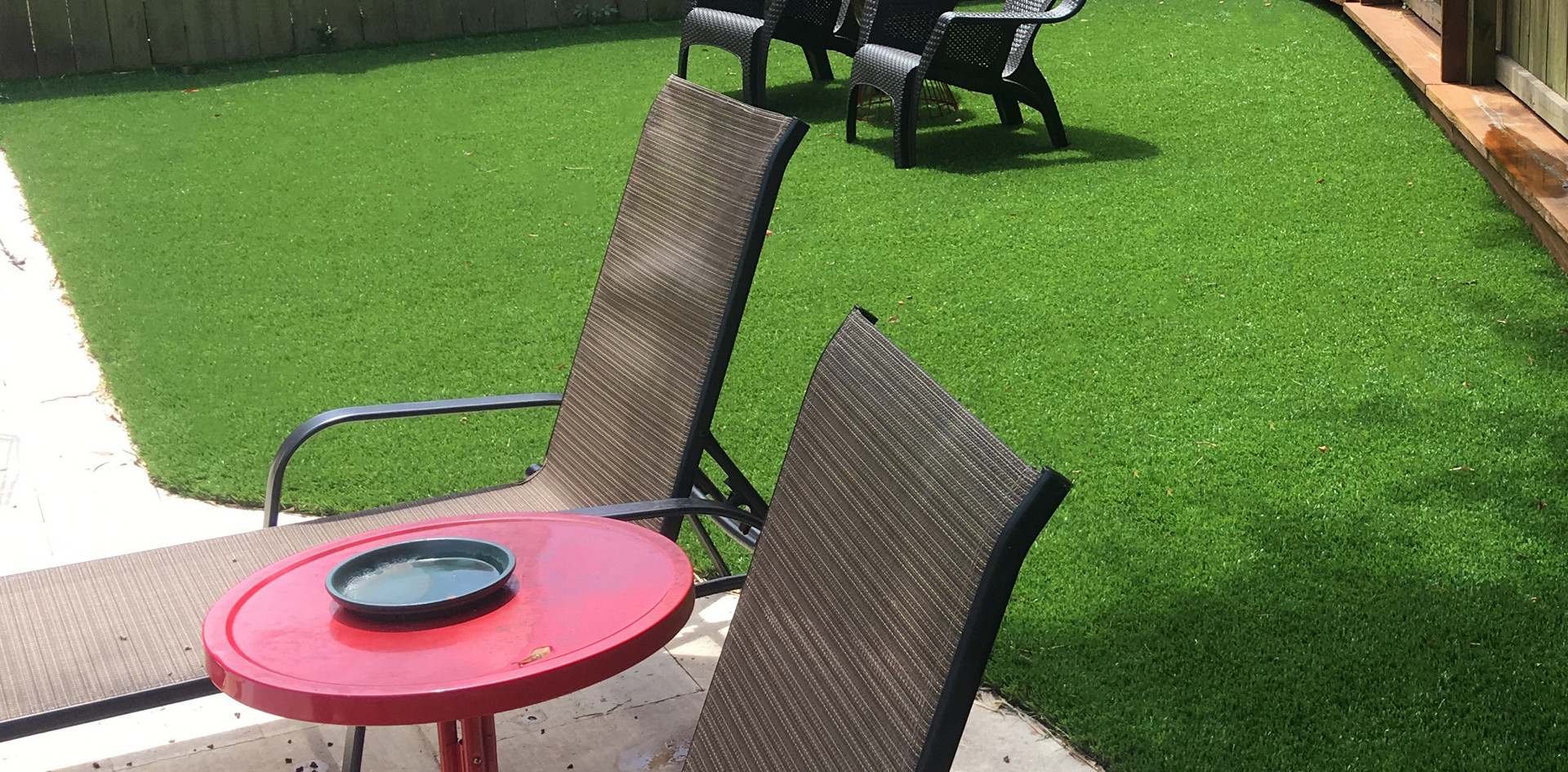 artificial grass corner by pool.jpg
