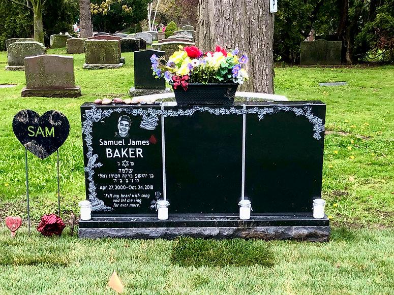 Full Headstone Photo.jpeg