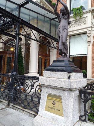 Statue outside 2.jpg