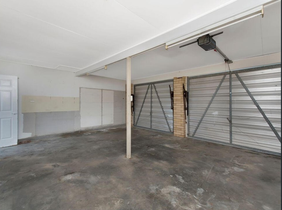Garage conversion to Master Suite (before)