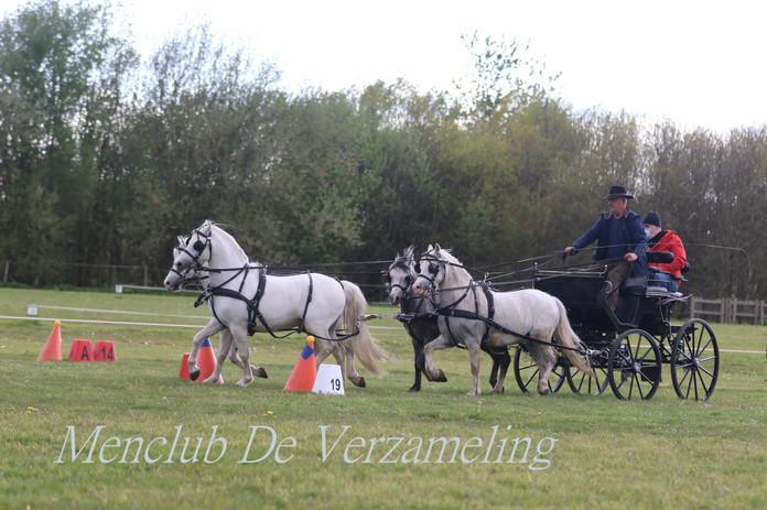 ZAM oefenwedstrijden 9 mei 954.jpg