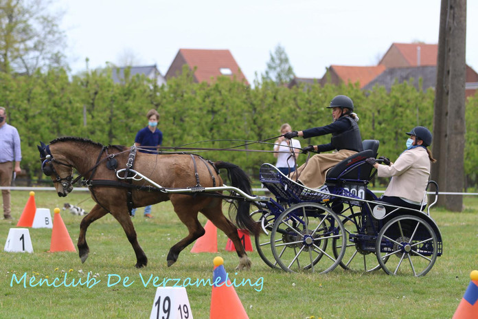 ZAM oefenwedstrijden 9 mei 1372.jpg