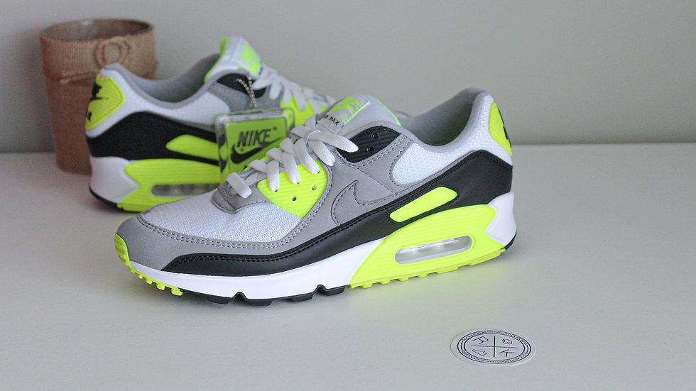 Nike Air Max 90 Volt 2020