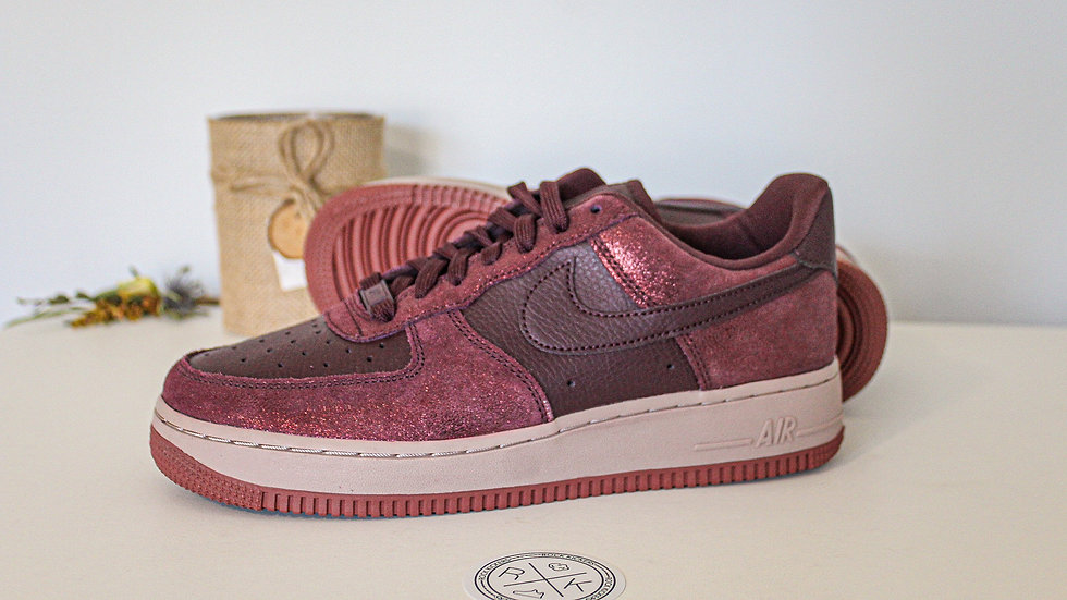 Nike WMNS Air Force 1 Low 07 PRM Burgandy