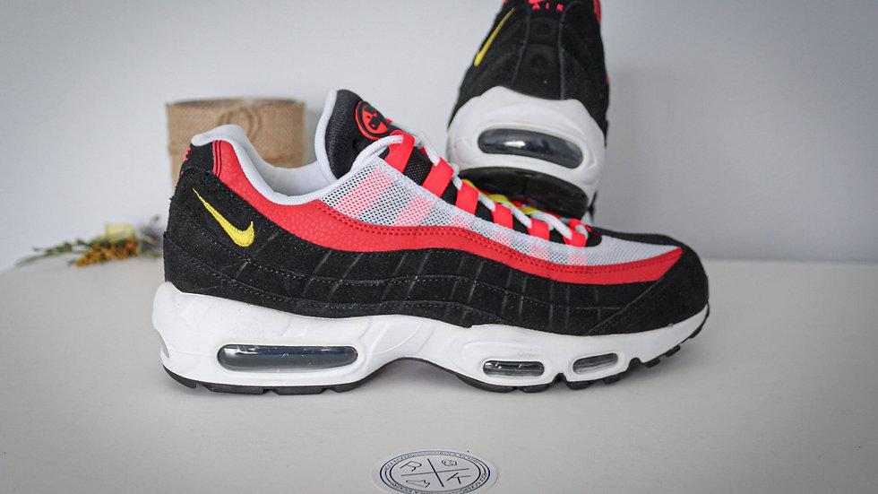 Nike Air Max 95 Bright Crimson