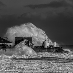 Porthcawl Waves (Oct) 3.JPG