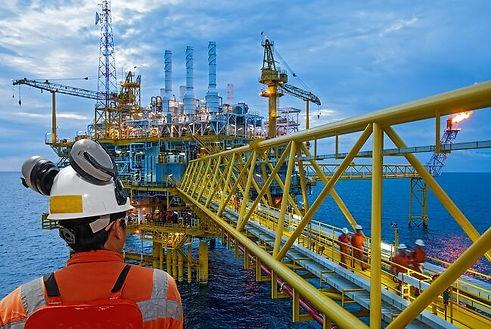 oil-rig-worker.jpg
