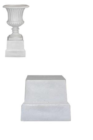 Urn and plinths