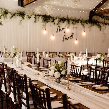 Wagga Wedding, The Wild Vine