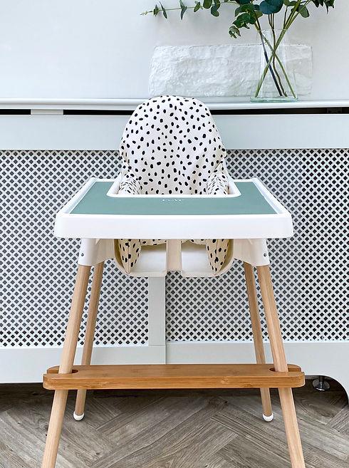 4 dalmatian : sage mat.jpg