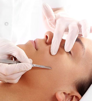 cutting-scars-woman-during-treatment-wit
