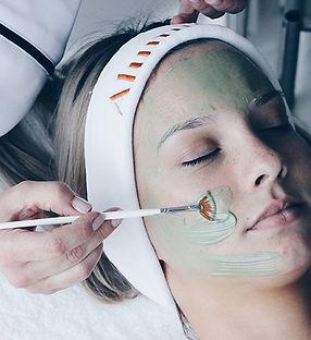 alumiermd-clay-mask.jpg