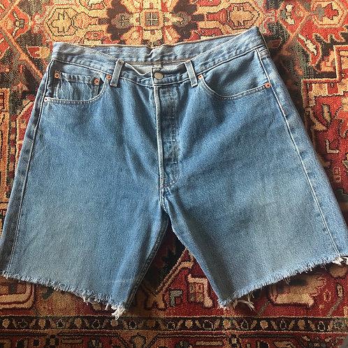 Levi's Mid Length Cut Off Shorts - Size 32