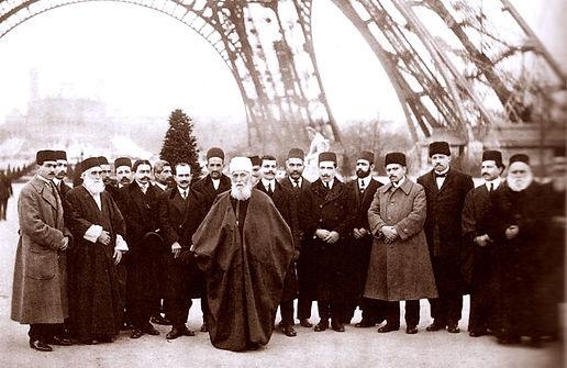 'Abdu'l-Bahá com alguns companheiros em Paris