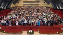 Esperança e propósito brilham na Convenção Internacional Bahá'í
