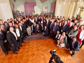 A contribuição das religiões para a paz analisada no palácio presidencial na Colômbia