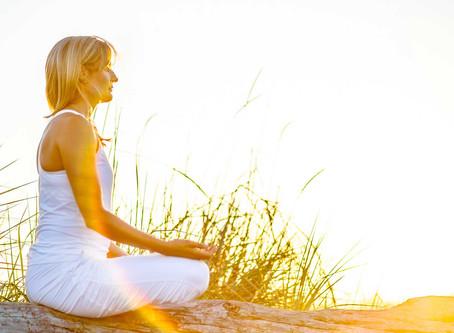 """Mindfulness -""""Prestar atención de manera intencional al momento presente, sin juzgar""""."""