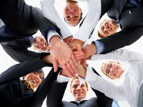 Las Organizaciones Tienen que Trabajar como si Fueran una Familia