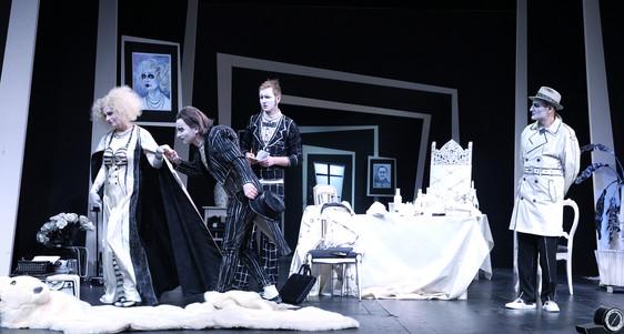 Dinner_for_one-Killer_for_five2.TheaterR