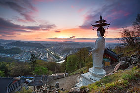 3820143201500046k_Watching Over the City