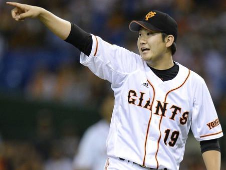 Tomoyuki Sugano Stays in NPR, Signs with Giants