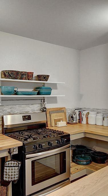 main house kitchen_3.jpg