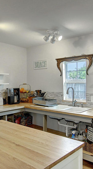 MAin house kitchen.jpg