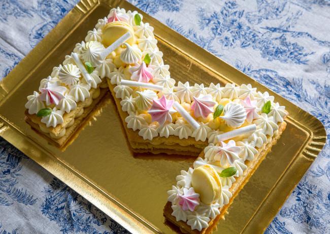 Letter Cake Citron.jpg