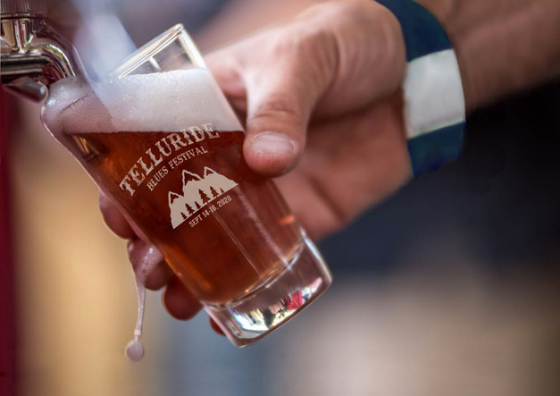 Beer Pouring2.jpg