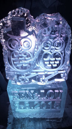 Owls Wedding Ice Sculpture/Luge