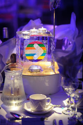 Ice Cube Table Centre