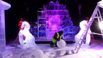 Cardiff Ice Sculpture Winter Wonderland