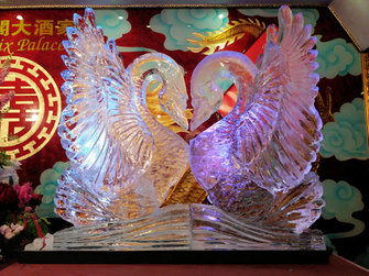 Chinese Kissing Swans Wedding Ice Sculpture Luge