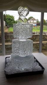 Wedding Cake Ice Sculpture/Luge