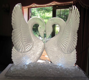 Kissing Swans Wedding Ice Sculpture/Luge