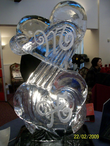 Funky Wedding Hearts Ice Sculpture/Luge