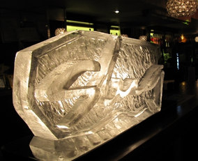 Slug & Lettuce Logo Ice Sculpture