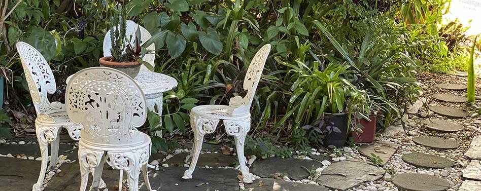 taj-garden-sitting-area.jpg