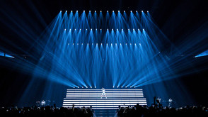 "Claypaky Scenius Lighting Fixtures Shine on Halsey's ""Hopeless Fountain Kingdom World Tour"""