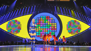 """Claypaky's Scenius Fixture Range Hits the Road with Katy Perry for """"Witness: The Tour"""""""