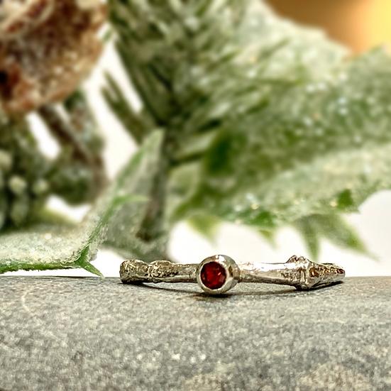 Twiggy ring with garnet