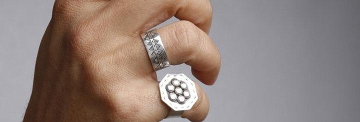 Wavy Reversible Ring
