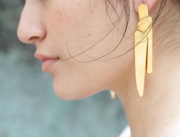 Ela Silver Asymmetrical Piece Earrings