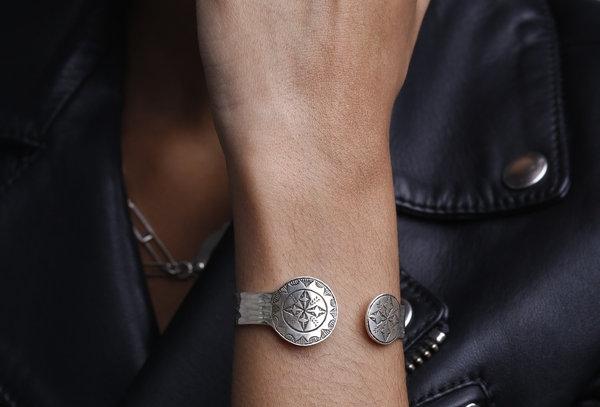 Amazigh Rosettes Bangle Bracelet