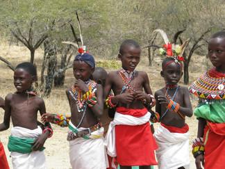 Donación para proyectos sociales en el Desierto Samburu